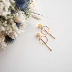 boucle d'oreille doré